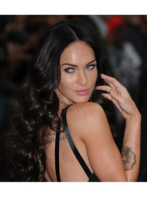 megan fox thumbs pictures. Megan Fox is Seeking for